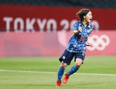Mana Iwabuchi during the first round Group E match between Japan and Canada at Sapporo Dome