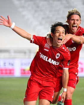 Miyoshi goal Royal Antwerp 4-2 KRC Genk