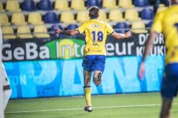 Taichi Hara scores his debut goal for Sint-Truidense VV in a Jupiler Pro League match