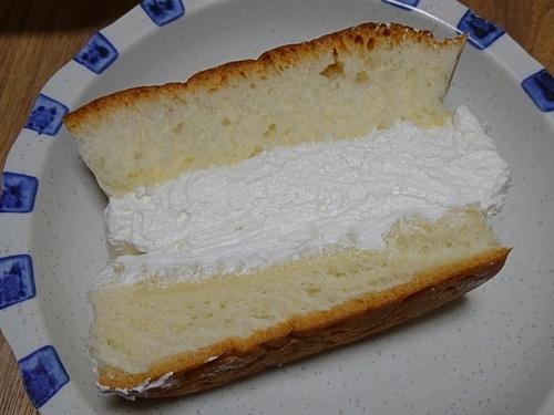 パンセ小松 牛乳パン