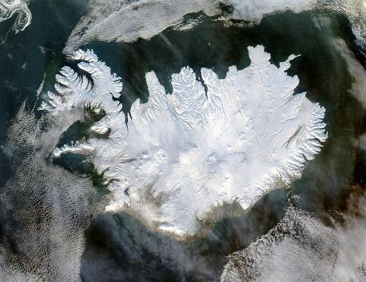 780px-Iceland_satellite.jpg