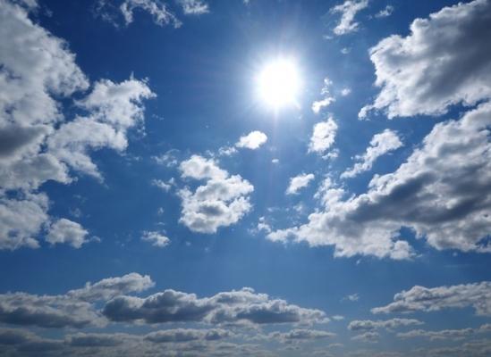 summer_sun_hot-1388404_640.jpg