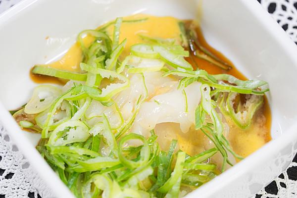イカの卵黄ソース