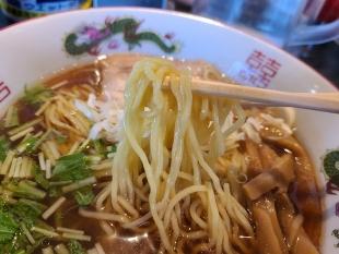 宗次 醤油ラーメン 麺