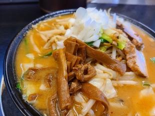 潤中山店 味噌ラーメン 具