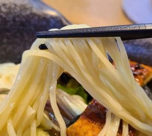おこじょ 国産鰻と鱧のつけ麺 麺