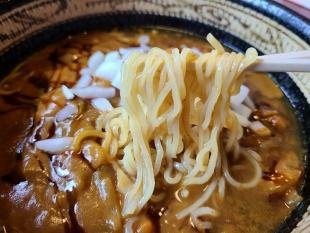 鳳 ライスInカレーラーメン 麺