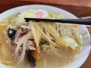ひっぺ 野菜タンメン 麺