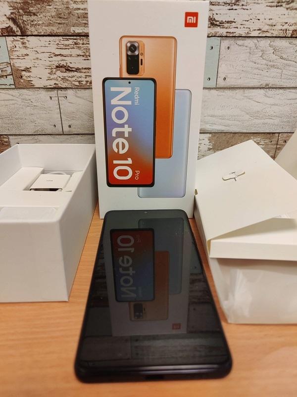 「Xiaomi Redmi Note10 Pro」の開封